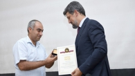 YSU GOLD MEDAL FOR GARO PAYLAN