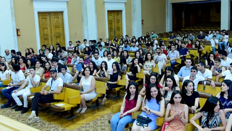 GRADUATES OF THE FACULTY OF INFORMATICS AND APPLIED MATHEMATICS RECEIVED DIPLOMAS