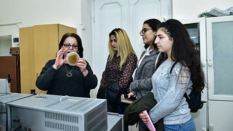PUPILS OF YEREVAN HIGH SCHOOL N 94 TO BE HOSTED AT YSU FACULTY OF BIOLOGY