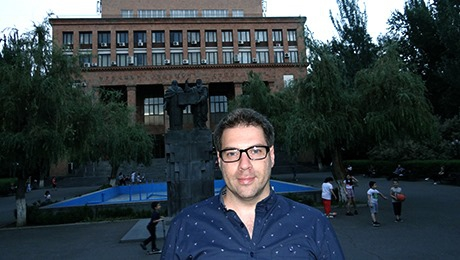 """LECTURER-SCIENTIST MUST CREATE AND IF HE/SHE DOESN'T WRITE, I'M INCLINED TO THINK THAT HE HAS NOTHING TO SAY TO THE SCIENTIFIC COMMUNITY,"" TIGRAN SIMYAN"