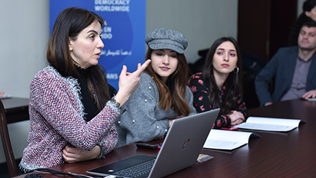 ARMENIA IS NOW PERCEIVED AS A DEMOCRATIC  STATE. MEETING DISCUSSION AT YSU